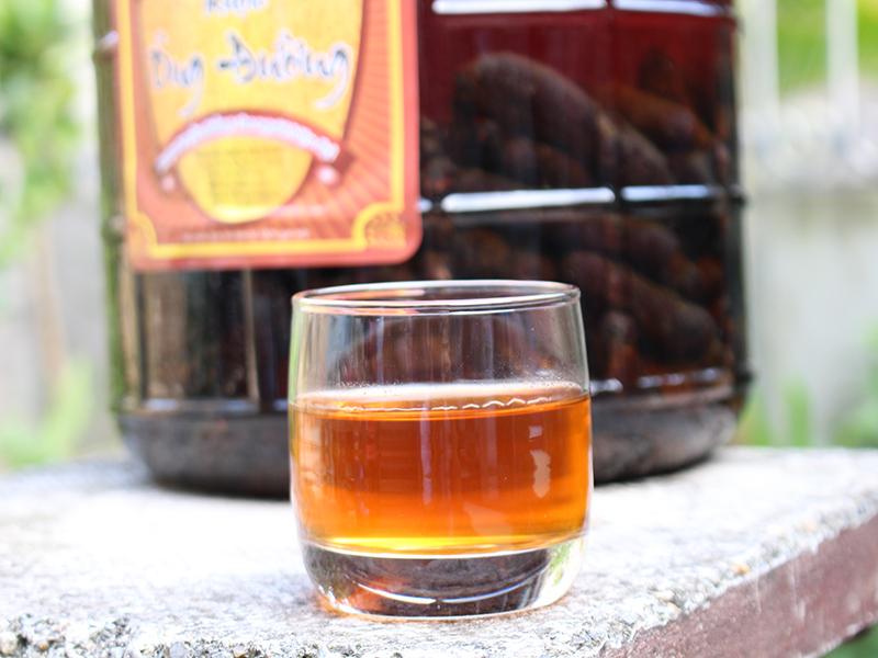 Rượu chuối hột với nguyên liệu được chọn lọc